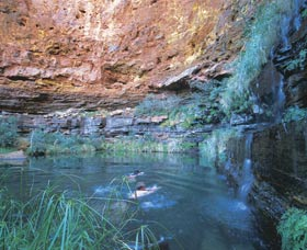 Dales Gorge and Circular Pool - Tourism Canberra