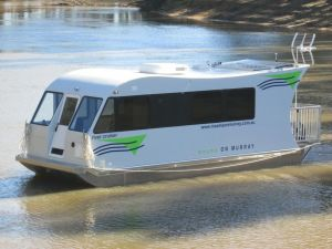 Moama on Murray Houseboats - Tourism Canberra